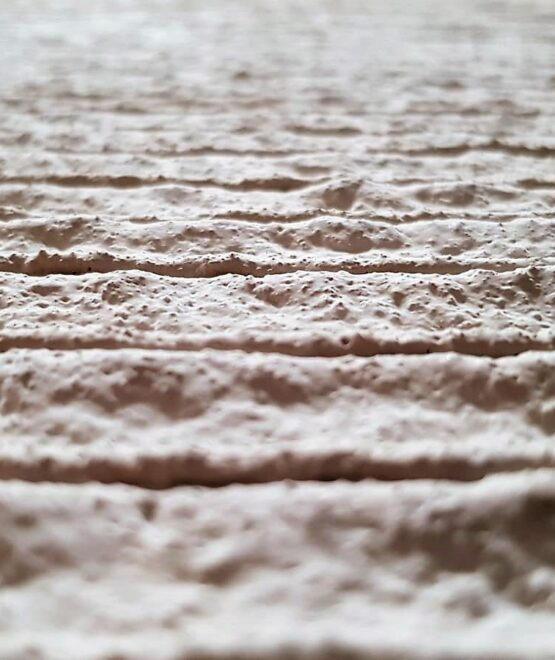 Close up look of a 3D-printed-wall – no finishing - CyBe Construction